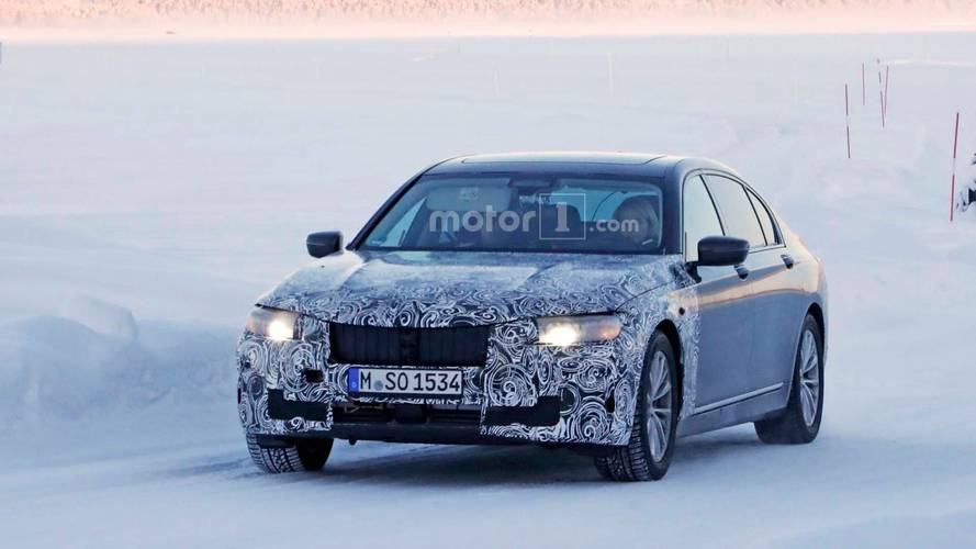 BMW 7 Series Facelift Spied With A Friendly Driver At The Wheel