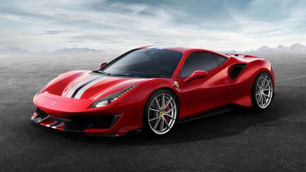 Ferrari 488 Pista Officially Revealed With More Power, Less Weight