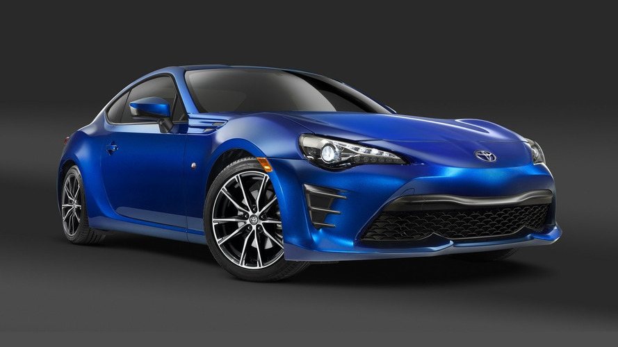 Toyota GT86 facelift revealed ahead of New York debut