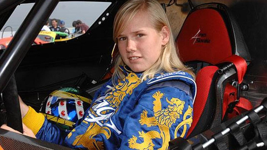 16 year old girl beats middle-aged men in Dutch Supercar Challenge