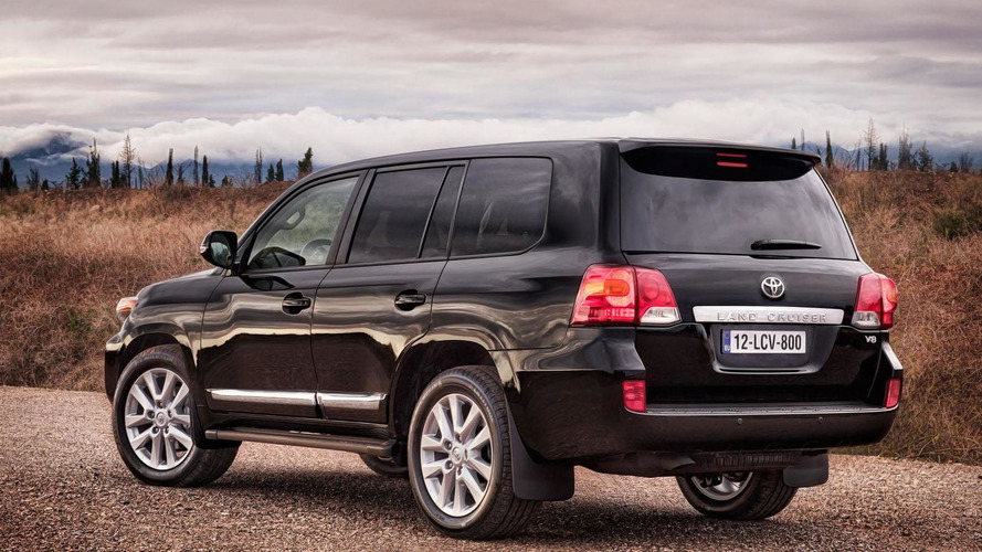 2013 Toyota Land Cruiser to debut in Chicago