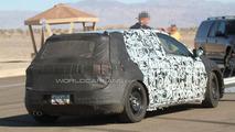 2012 VW Golf VII 5-door prototype spy photos 24.08.2011