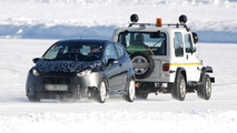 2013 Ford Fiesta Facelift prototype spy photo