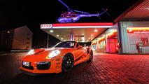 porsche-911-turbo-s--2_1600x0w
