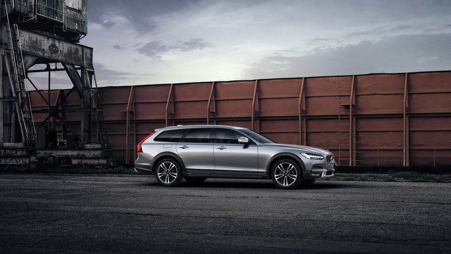 Volvo V90 Cross Country by Polestar brings more power, faster gear shifts