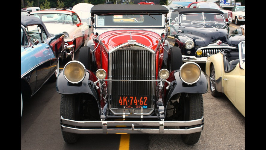 Pierce-Arrow Model 133 Roadster