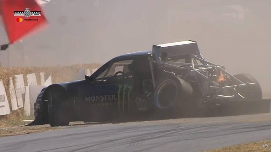 Ford RS200'ün Goodwood turu hızlı bitti