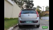 Garagem CARPLACE: Detalhes do visual externo do Fiat Palio Attractive 1.0 Flex