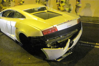 Lamborghini Gallardo Crashes in an Austrian Tunnel