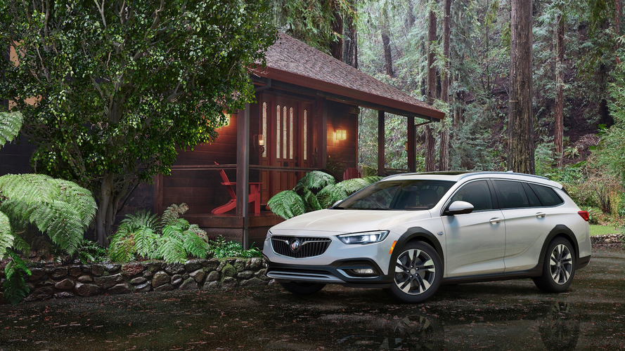 Most Expensive 2018 Buick Regal TourX Wagon Costs $43,795