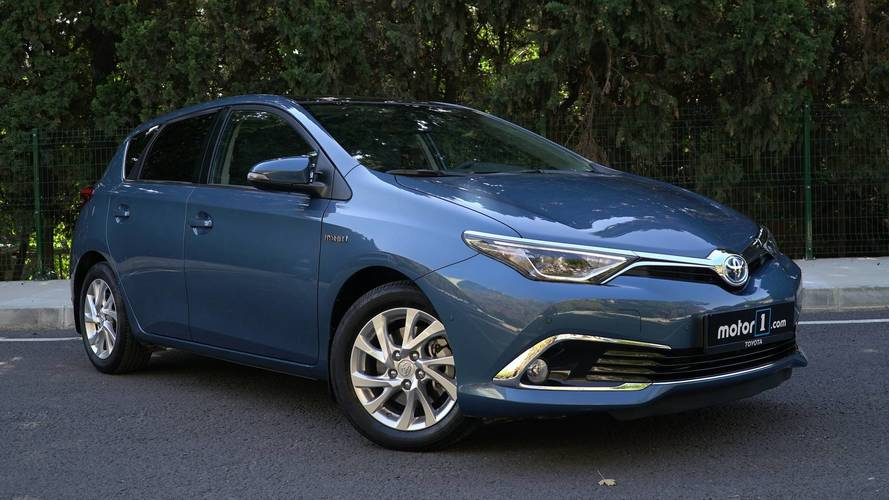 2017 Toyota Auris Hybrid   Neden Almalı?