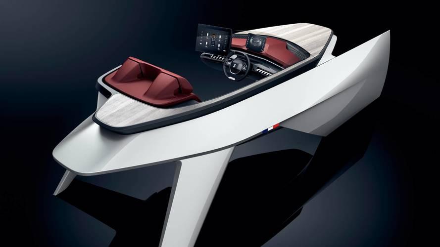 Peugeot installe son i-Cockpit dans un démonstrateur de bateau