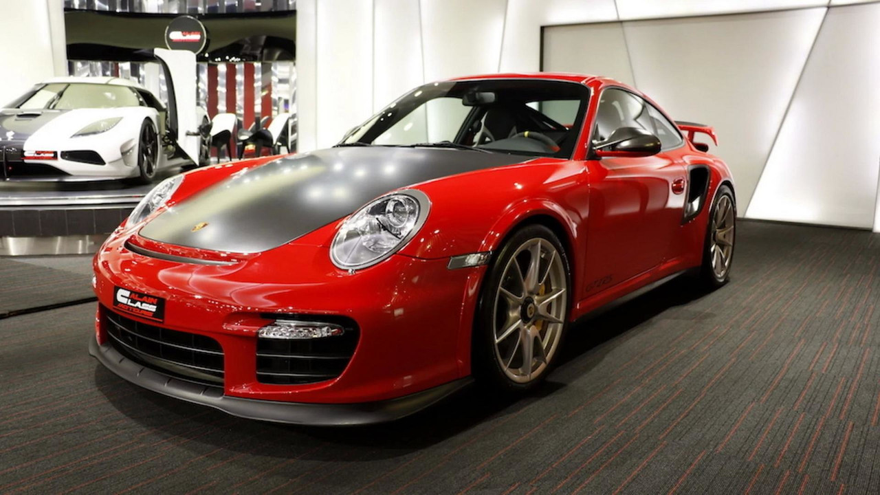 723 000 previous gen porsche 911 gt2 rs makes new one seem cheap. Black Bedroom Furniture Sets. Home Design Ideas