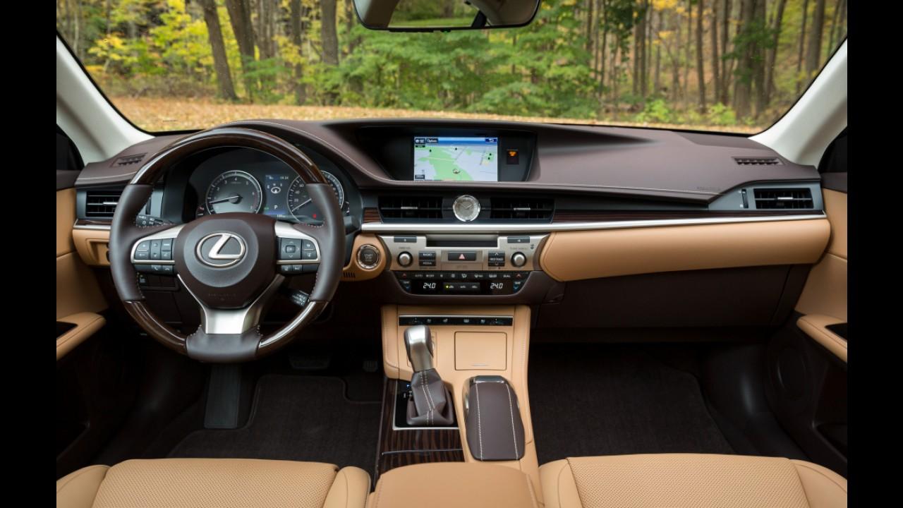 Lexus lança renovado ES 350 2016 no Brasil por R$ 253,3 mil