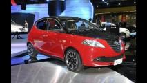 Lancia Ypsilon Black & Red é revelado oficialmente no Salão de Bolonha