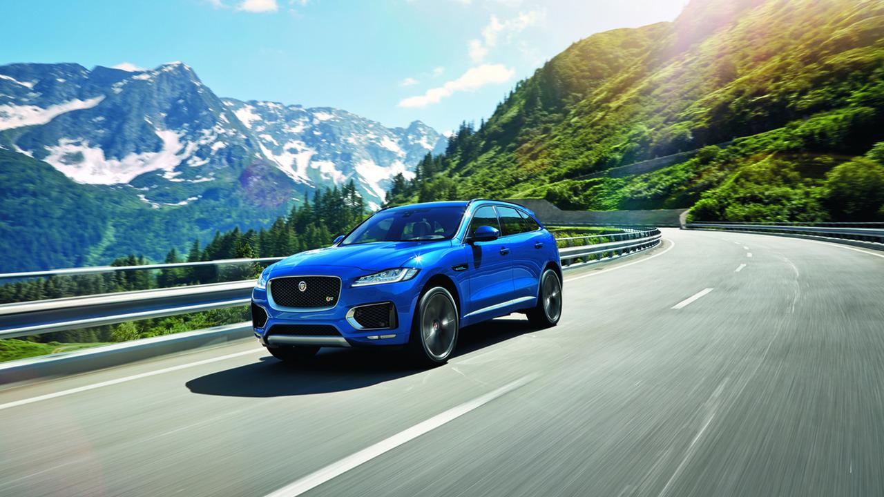Jaguar F-Pace Kadınlar Dünyası Yılın Otomobili ünvanına layık görüldü.