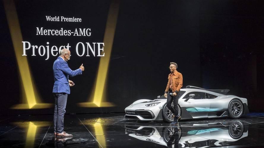 Lewis Hamilton és az AMG Project ONE