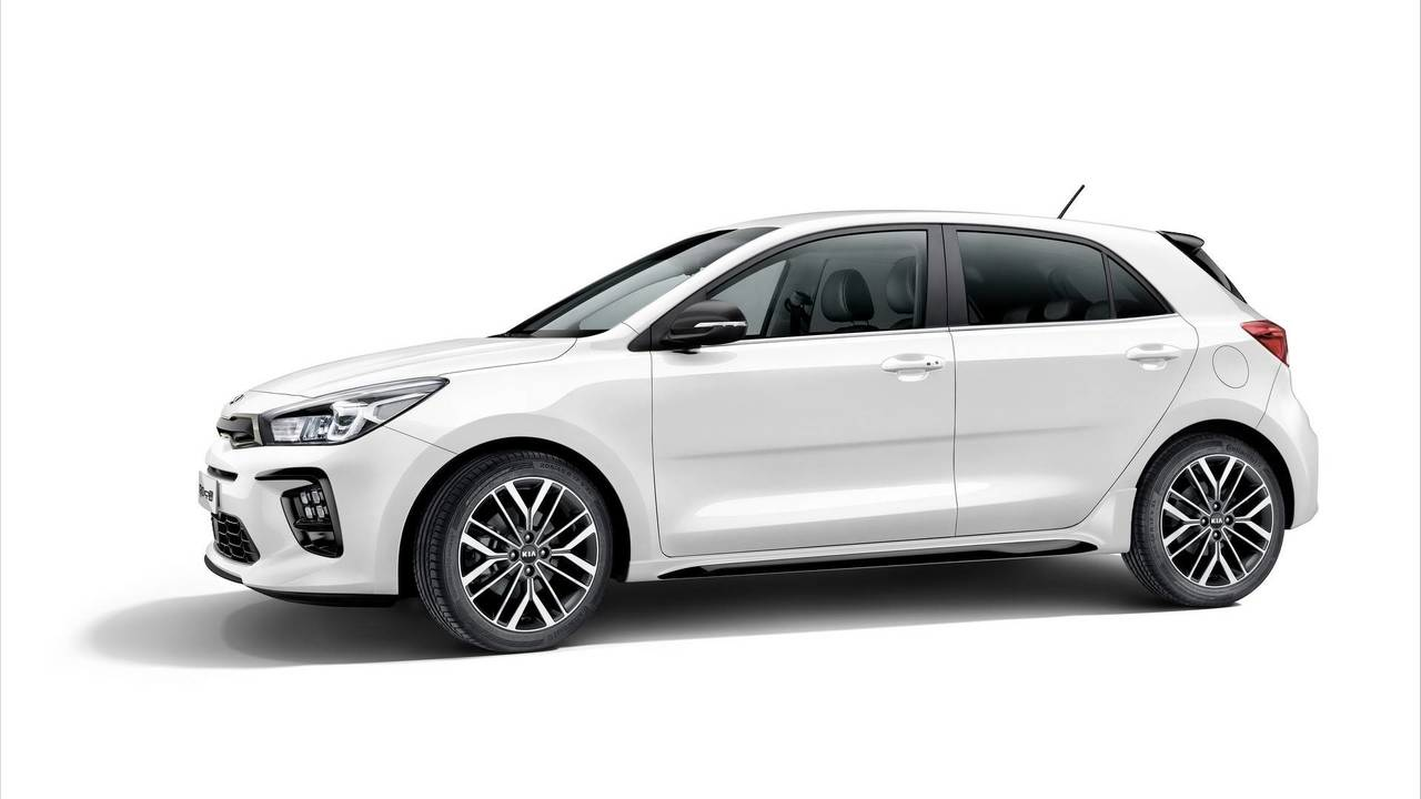 new kia rio gt line looks like a hot hatch but it 39 s not. Black Bedroom Furniture Sets. Home Design Ideas