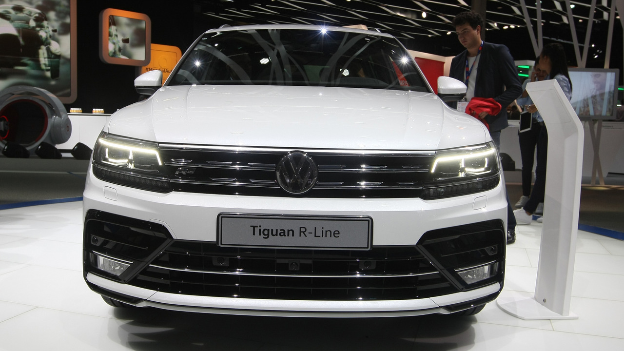 2016 volkswagen tiguan r line paris otomobil fuar foto raf galerisi. Black Bedroom Furniture Sets. Home Design Ideas