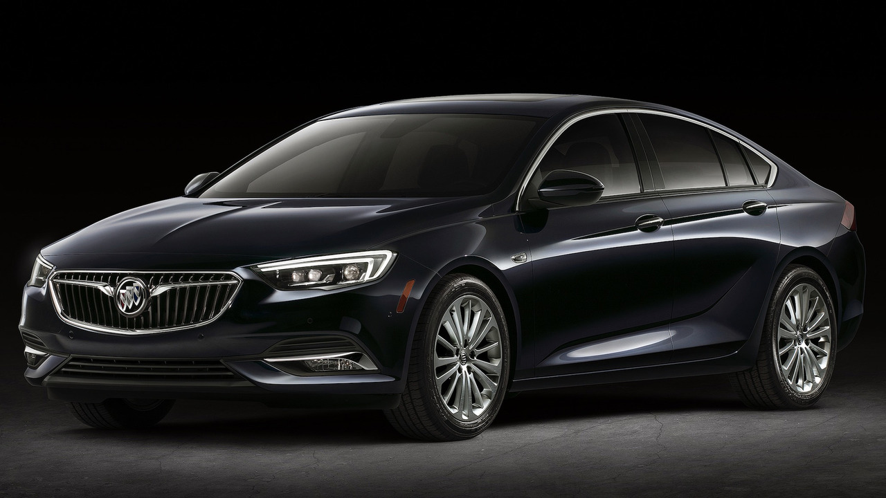 2018 Buick Regal Arrives With Sportback And Tourx Body Styles