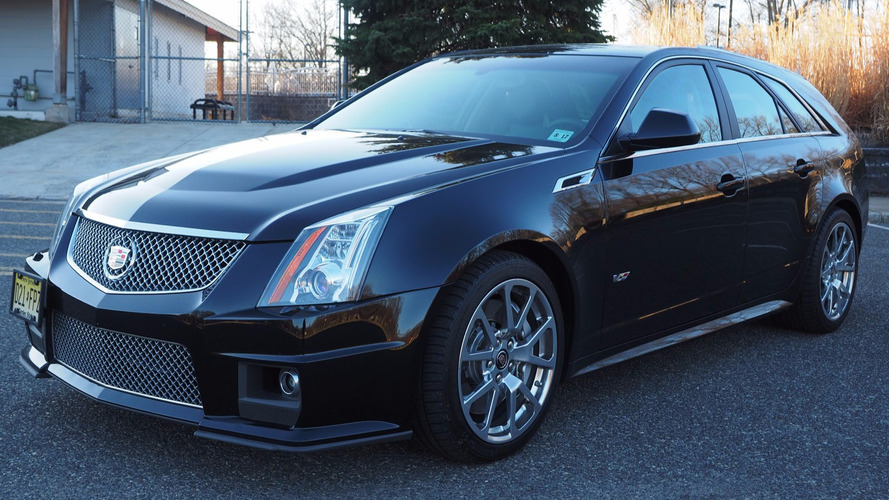 score this rare 2012 cadillac cts v manual wagon while it. Black Bedroom Furniture Sets. Home Design Ideas