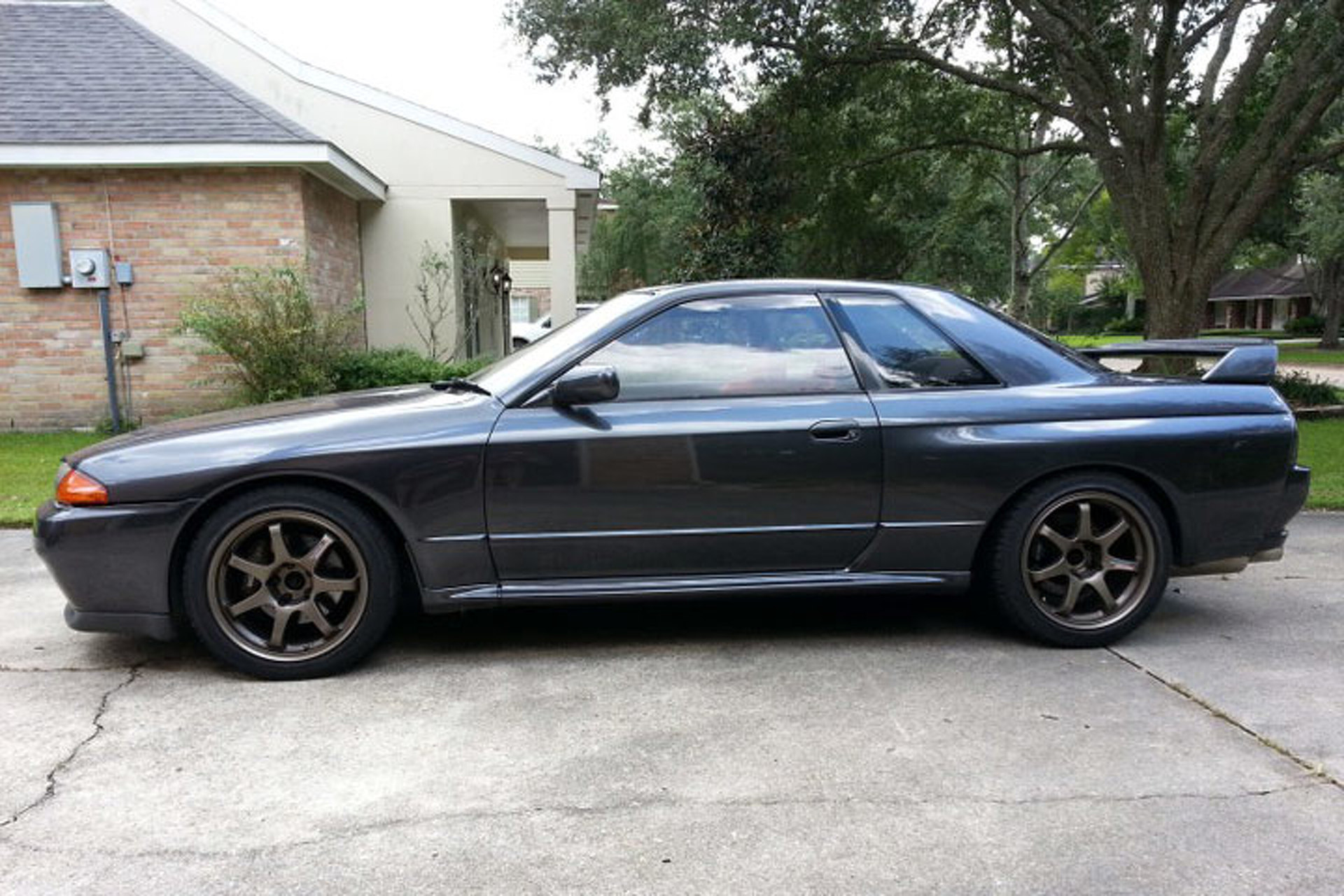 Godzilla Rises: Meet Patrick's US-Legal R32 Nissan GT-R