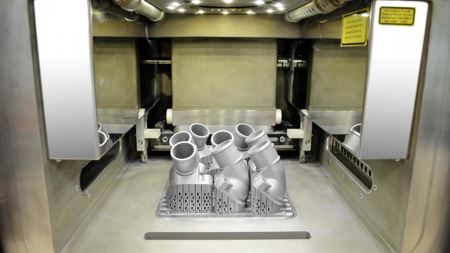 Mercedes: Megérkeztek az első 3D nyomtatással készült fém alkatrészek