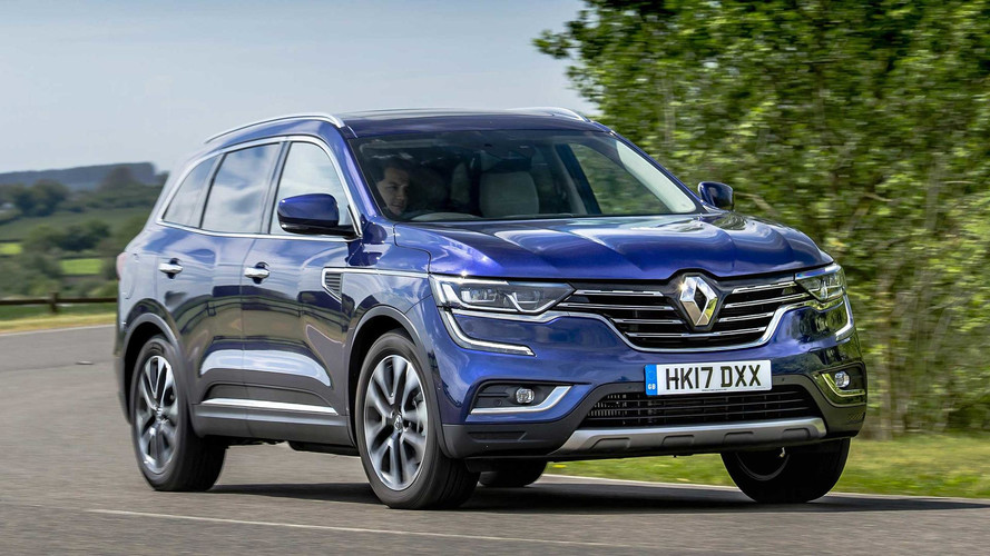 Large Family Car Buyers Switch To SUVs