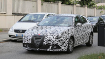 Alfa Romeo Giulietta facelift returns in new spy photos