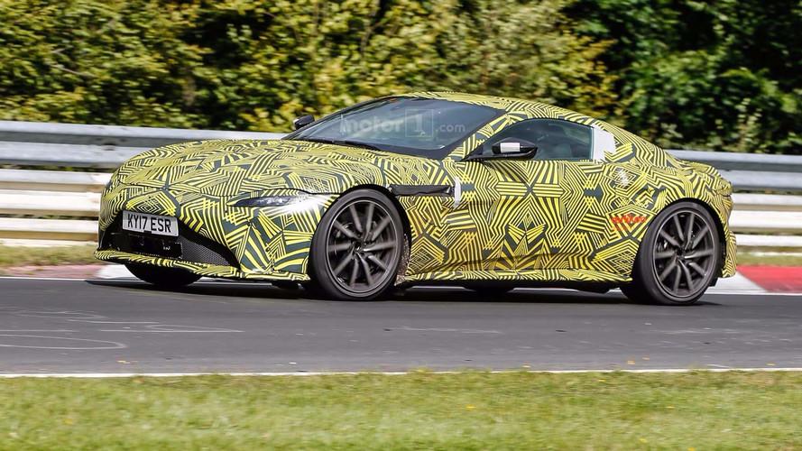 Photos espion - L'Aston Martin V8 Vantage surprise sur le Nürburgring