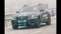 Jaguar F-PACE al Tour de France