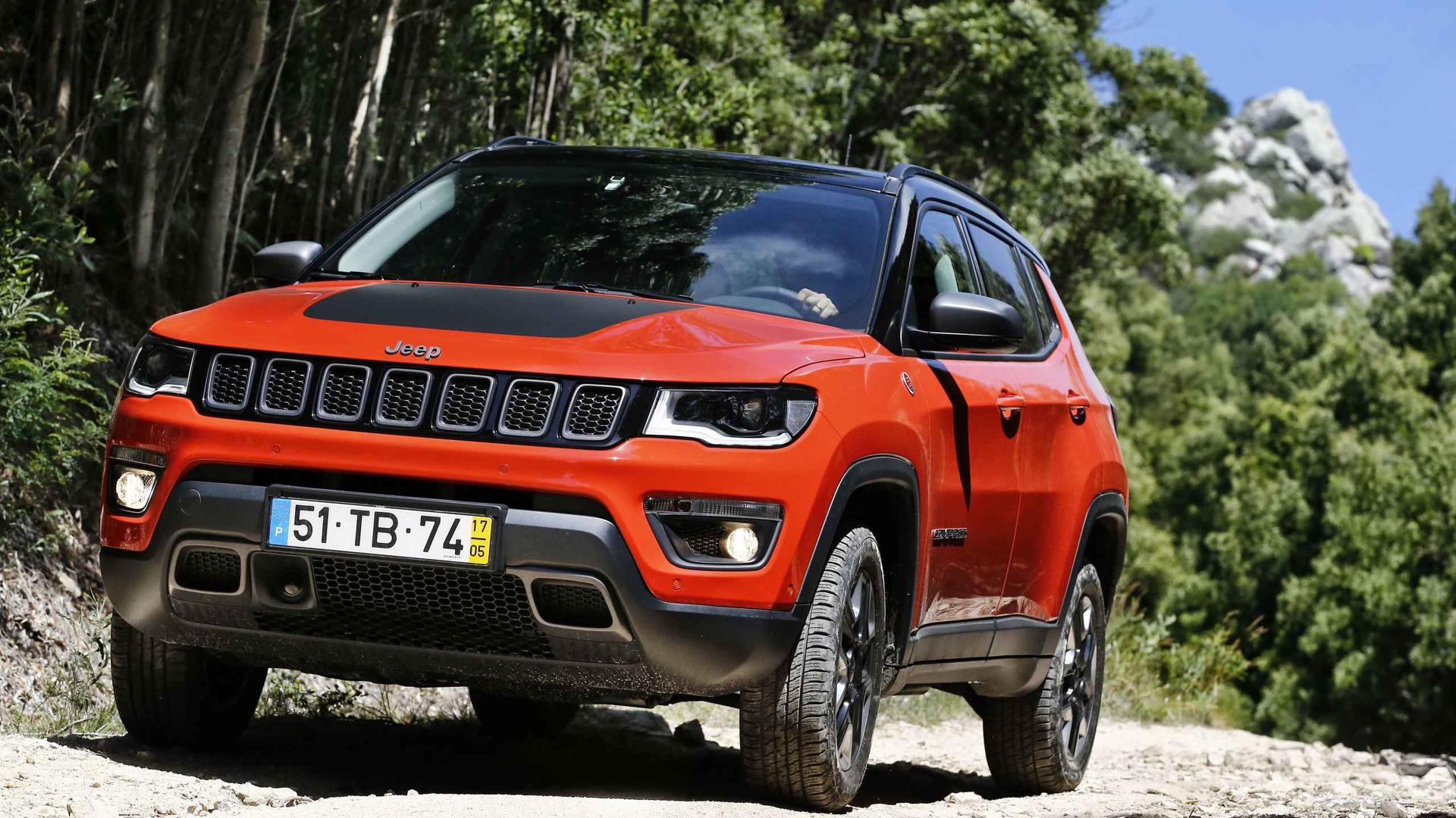 2018 jeep compass review stylish look brings appeal. Black Bedroom Furniture Sets. Home Design Ideas