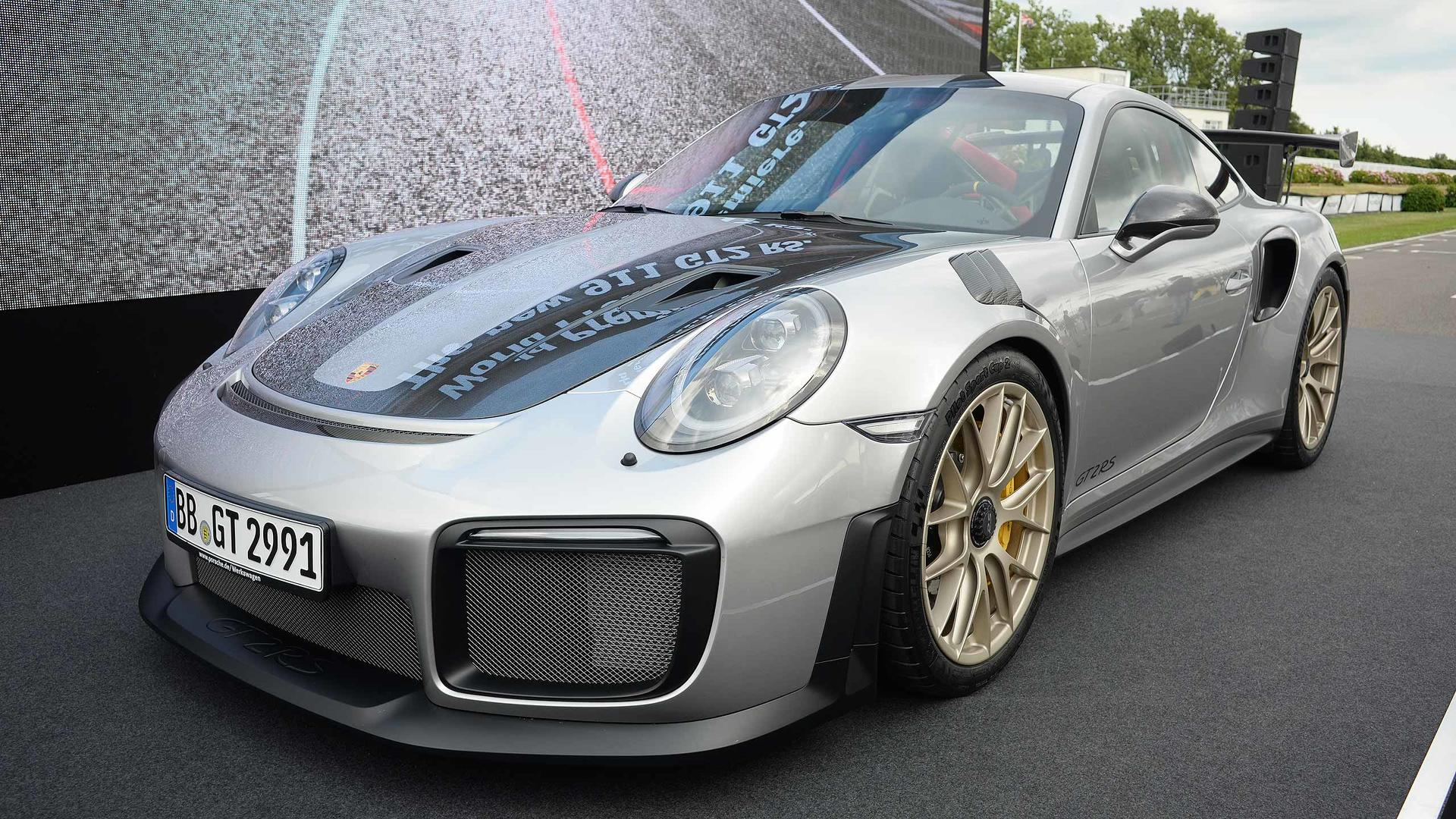 2018-porsche-911-gt2-rs-at-2017-goodwood-festival-of-speed Cozy Porsche 911 Gt2 Rs Wallpaper Cars Trend