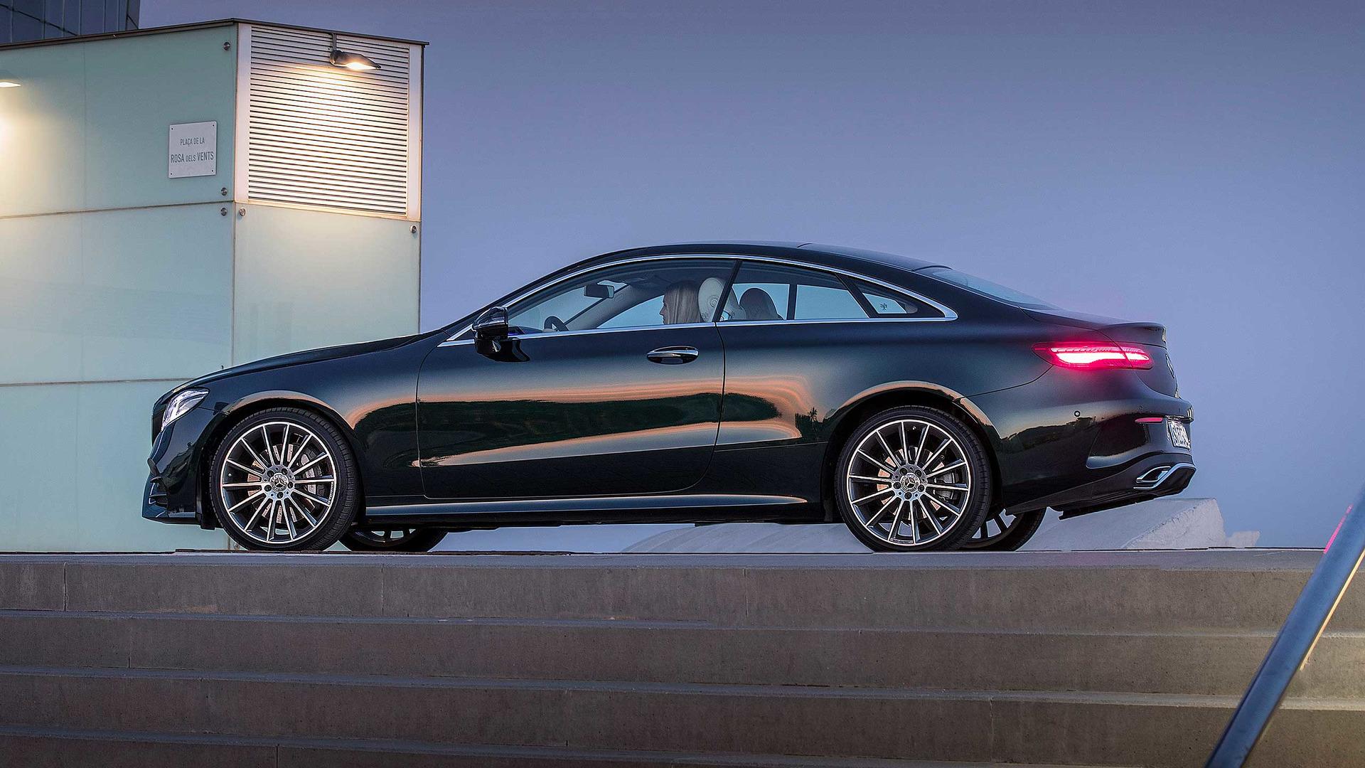 https://icdn-9.motor1.com/images/mgl/RjMzw/s1/2017-mercedes-benz-e-class-coupe-first-drive.jpg