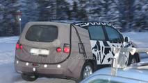 2011 Chevrolet Tacuma MPV spy photo