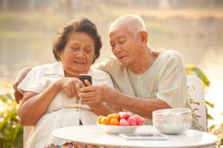 Lyft Wants to Help Seniors Without Smartphones Get Around
