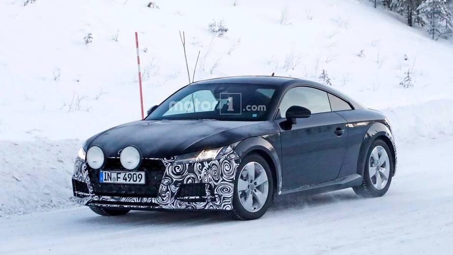 Makyajlı Audi TT Coupe ralli aracı taklidi yaparken görüldü