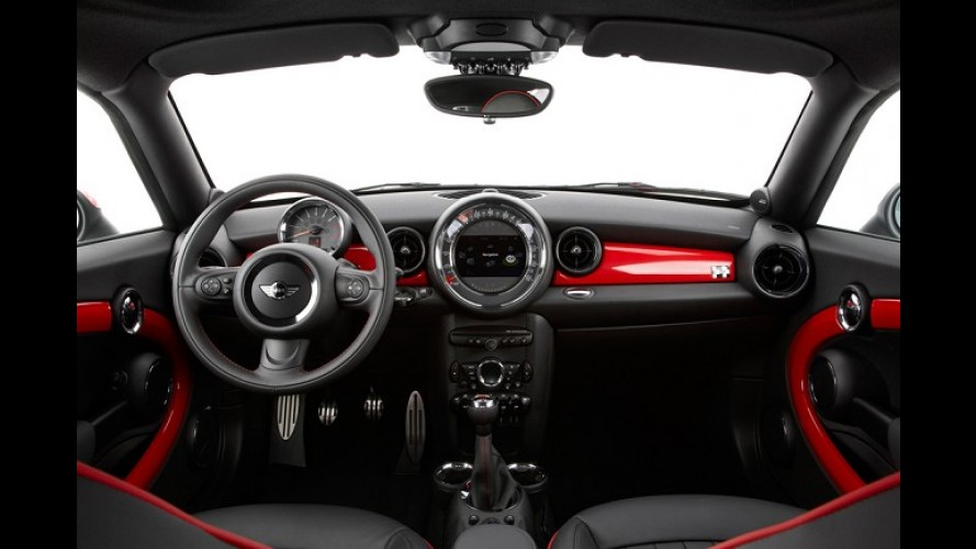 Mini Coupé chega ao Brasil em outubro custando a partir de R$ 160.000