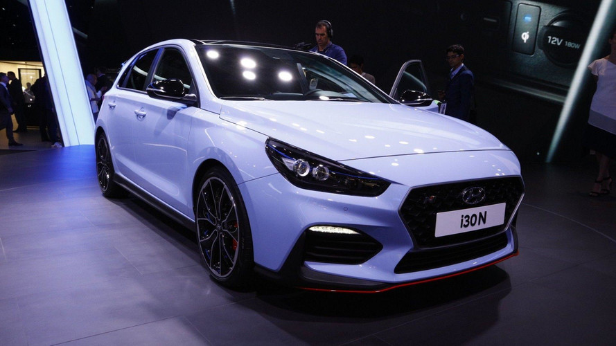 La Hyundai i30 N tire la langue à la Mégane 4 R.S. à Francfort