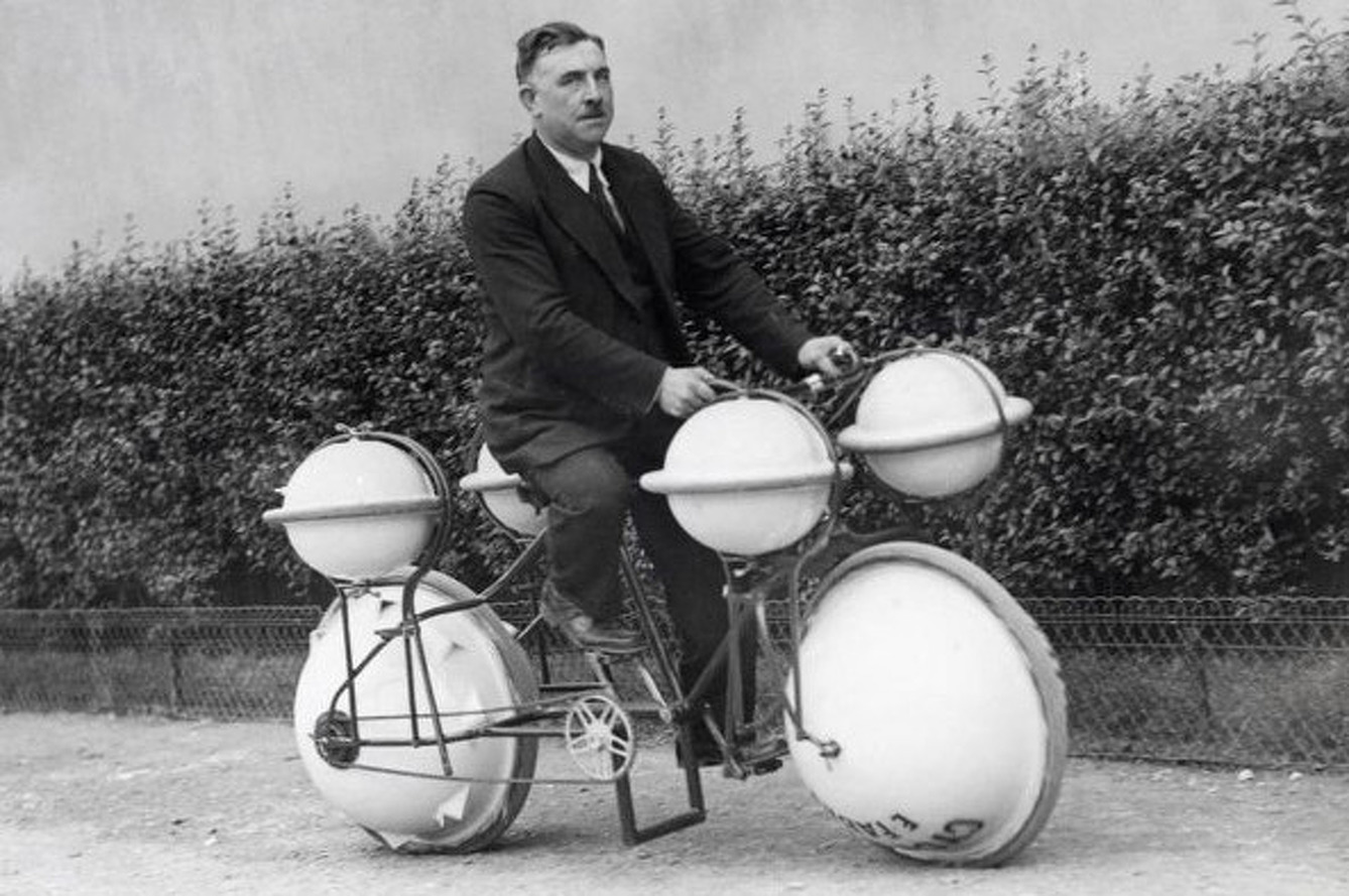 The Amphibious Bicycle: An Old Idea, Revived [video]
