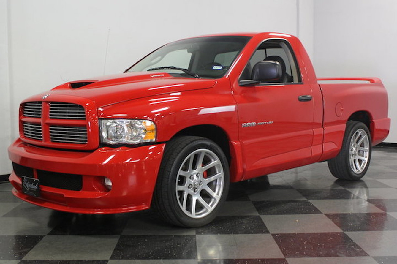 2004 dodge ram srt 10 hits ebay burnouts included. Black Bedroom Furniture Sets. Home Design Ideas