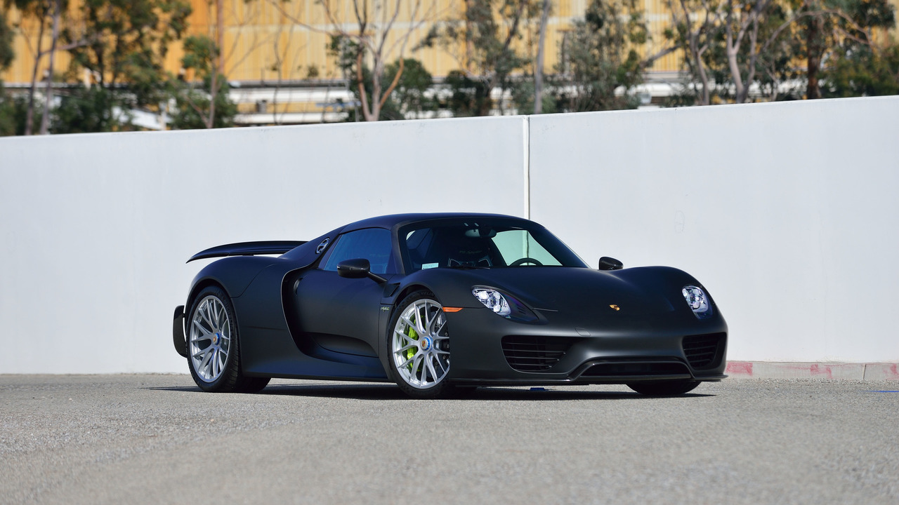 does anything look better than this matte black porsche 918 spyder up for auction. Black Bedroom Furniture Sets. Home Design Ideas