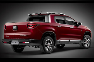 Fiat Needs to Bring this Split-Tailgate Pickup to America
