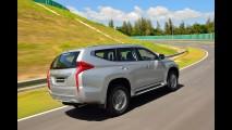 Mitsubishi revela novo Pajero Dakar 2016 com visual independente da Triton