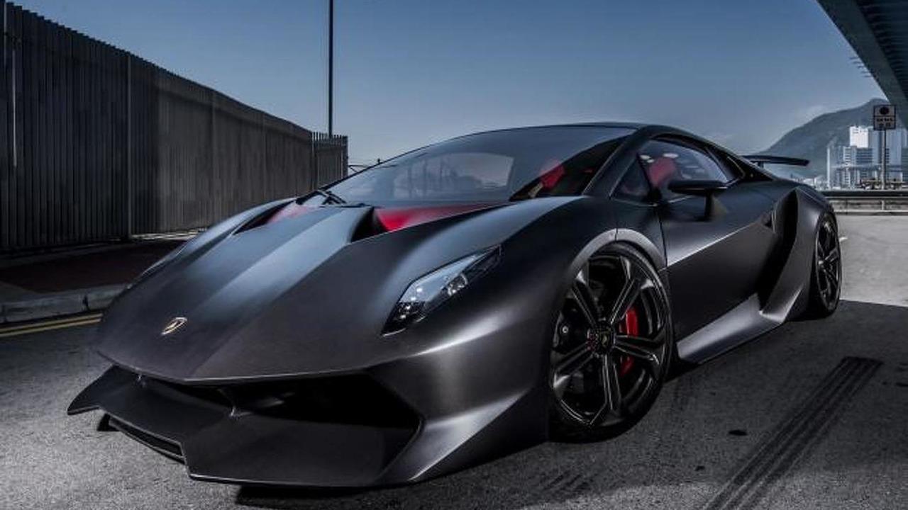 Lamborghini Sesto Elemento concept debuts at 2010 Paris auto show