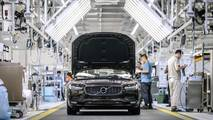 China changes rules on foreign carmakers