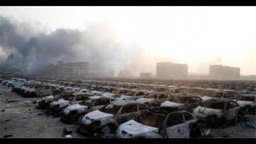 Çin'deki Patlama Geceyi Gündüze Çevirdi, Binlerce Araba Yandı, Ölü ve Yaralılar Var