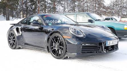 Spy Shots Might Provide First Look At The Next Porsche 911 GT3