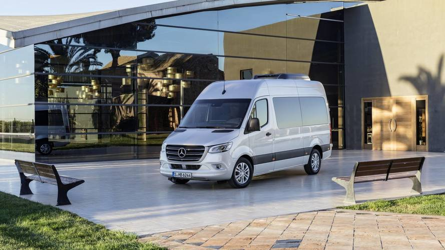 2018 mercedes sprinter debuts with 1 700 configurations for any job. Black Bedroom Furniture Sets. Home Design Ideas