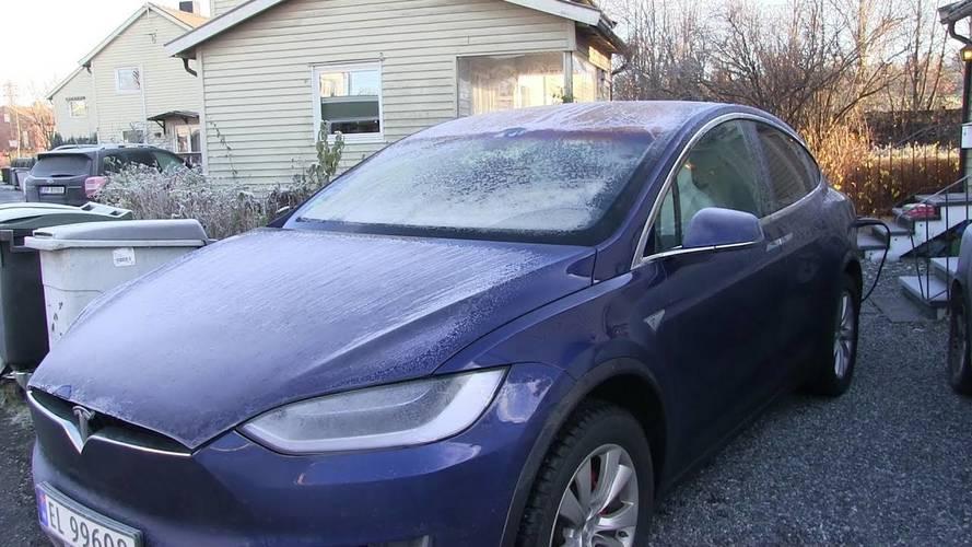 Frost Makes Tesla Model X Fail